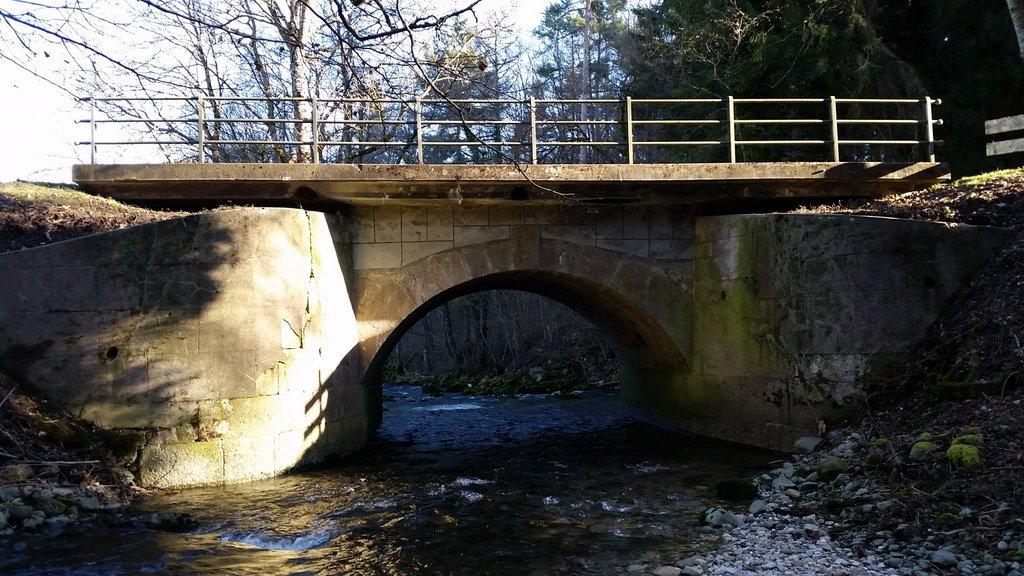 Pont sur le Veyron