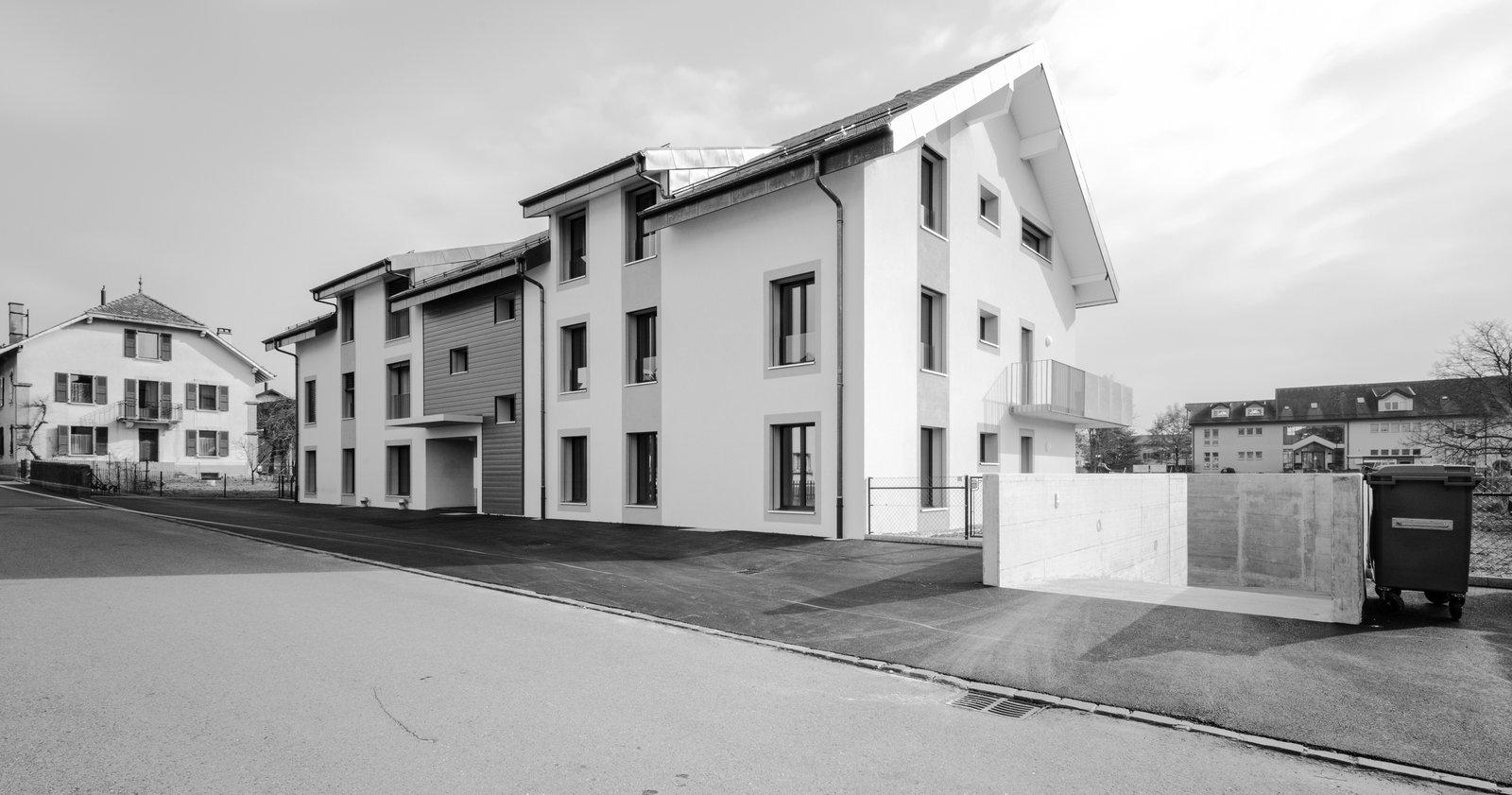 construction d 39 un b timent de 11 appartements avec un. Black Bedroom Furniture Sets. Home Design Ideas